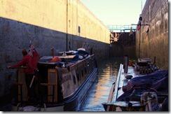 09a 20150415 lock 18 Noyon Canal du Nord