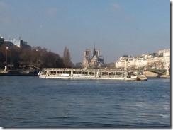 Bateaux Mouche and Notre Dame